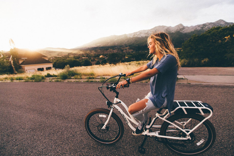 woman_bike